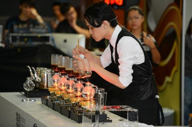 WSCHK2014 冠軍 獨立咖啡師范德俊 3