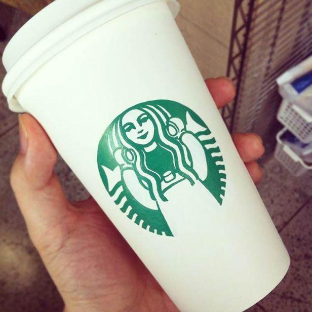 Soo-Min-Kim-starbucks-cups-8