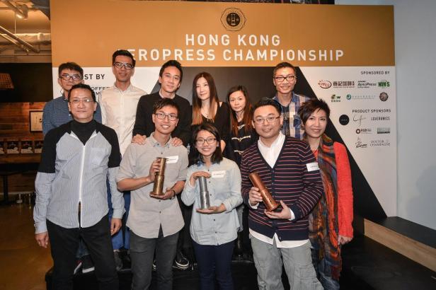2015香港愛樂壓冠軍賽得獎者和評審團合照