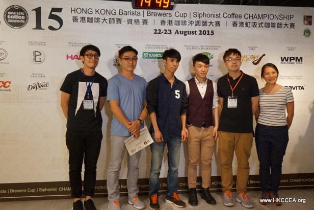 進身總決賽的六名參賽者合照