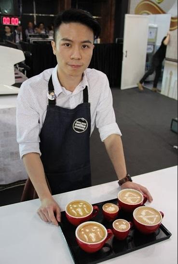 HKLAC2015-9-蕭奕霆